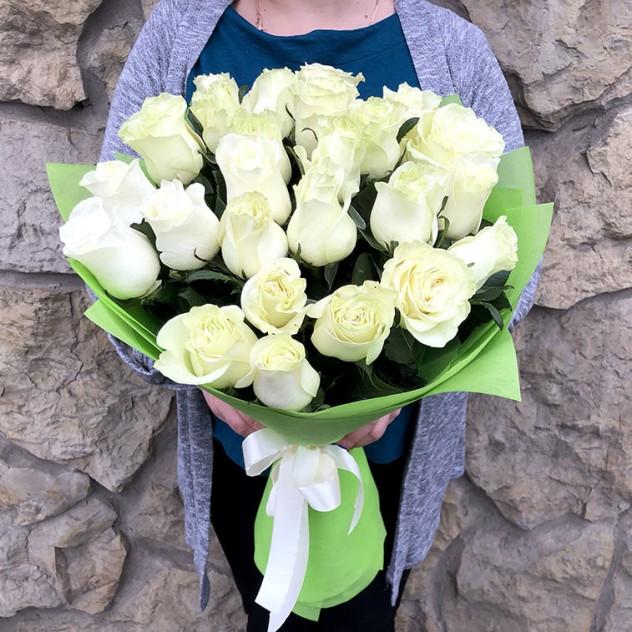 Букет 25 роз мондиаль 60 см
